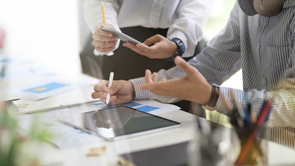 many people create a collaborative design